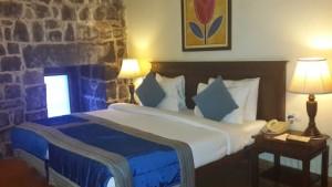 The-Deluxe-room-accomodation-Fort-Jadhavgarh